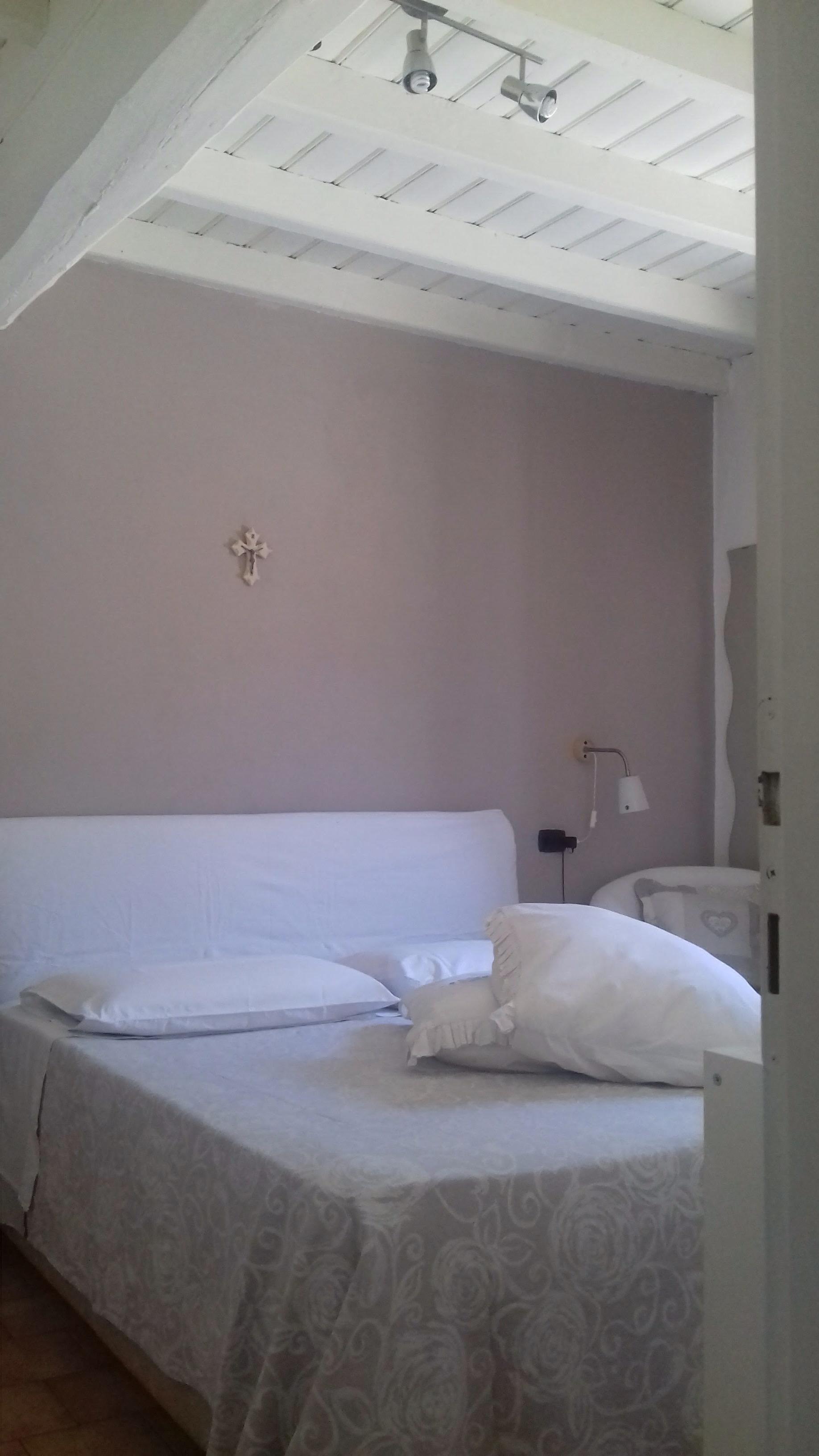 Affitto camera da letto con bagno privato wi fi a pandino - Camera da letto con bagno ...