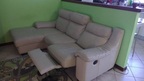 Divano In Pelle Vendo.Vendo Divano Poltrone Sofa In Pelle A Ticengo La Soffiata